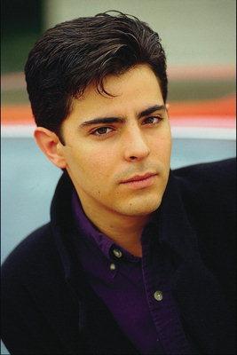 schöner junger mann
